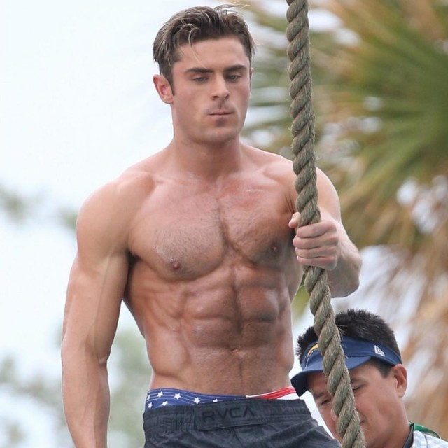 Baywatch Movie 2017 - Zac Efron - Lifeguard